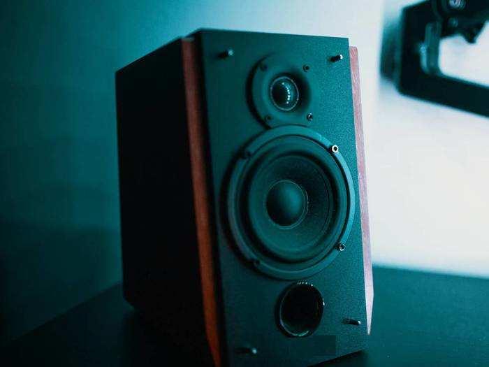 Speaker : होली की मस्ती को दोगुना कर देंगे दमदार साउंड वाले ये Speakers, इनमें प्ले करें मनपसंद होली म्यूजिक