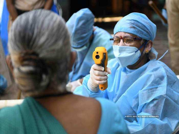 coronavirus cases toll highest in 163 days, deaths cross 300 for the first time in 2021