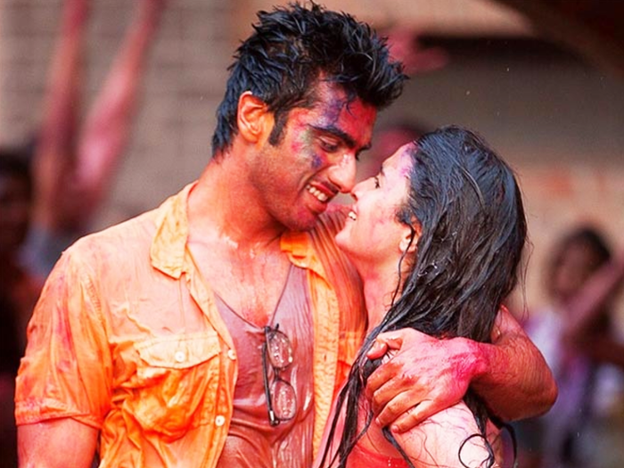 holi fashion 2021 what to not wear these types of clothes for holi celebration