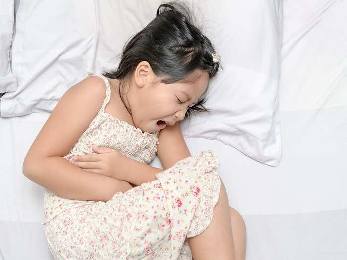 foods to prevent worms in kids in hindi