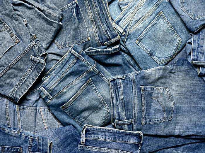 Mens Slim Fit Jeans : हाई क्लास लुक के लिए खरीदें यह स्टाइलिश Jeans, डिस्काउंट पर करें ऑर्डर