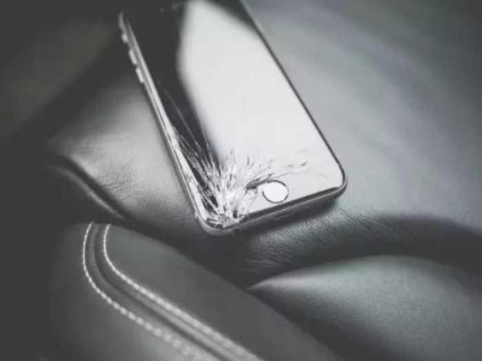 broken apple iphone