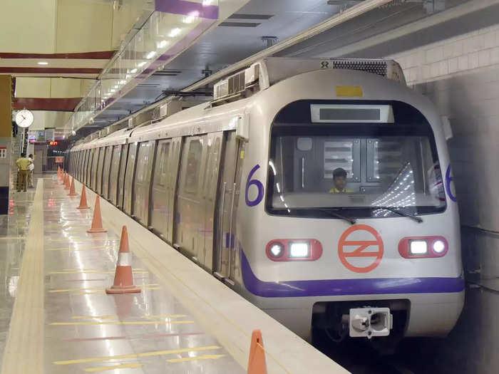 अब दिल्ली मेट्रो का रिचार्ज करें घर बैठे, बस करना होगा ये काम