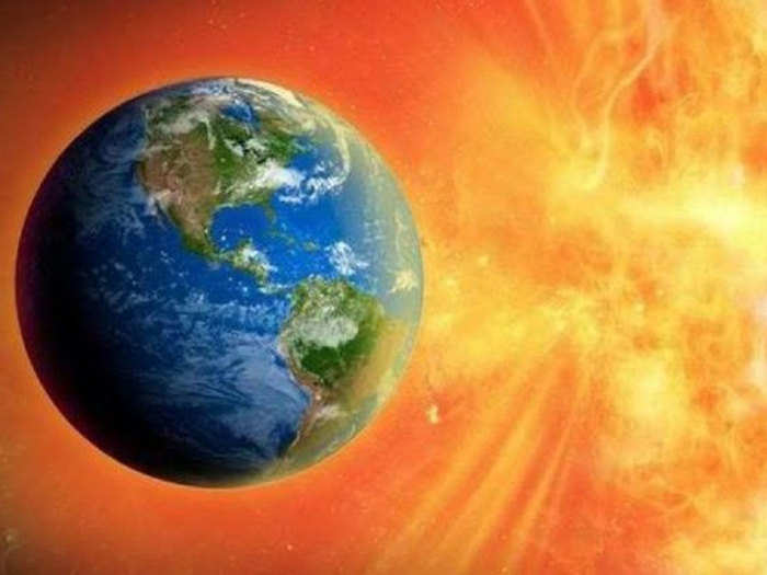 weird news solar storm 1582 terrifying accounts of uncovered earth faces another this century
