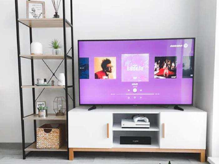 Smart TV : बजट की टेंशन ना लें, बेहद किफायती कीमत में मिल रही हैं ये 50 इंच तक की Smart TV