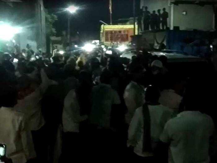 बुलडाण्याच्या सैलानी बाबा संदल यात्रेत मोठी गर्दी; १००० जणांविरोधात गुन्हे