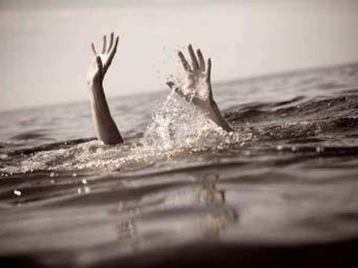 दोन मुलांचा बुडून मृत्यू