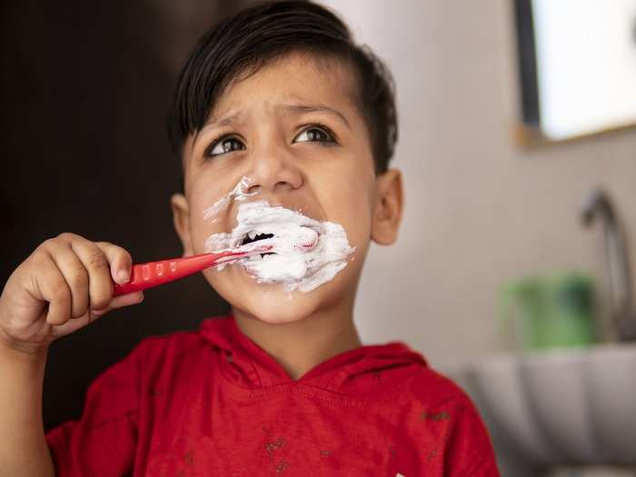 how to choose best toothpaste for toddler in hindi