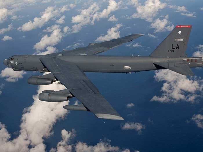 b-52-bomber 02