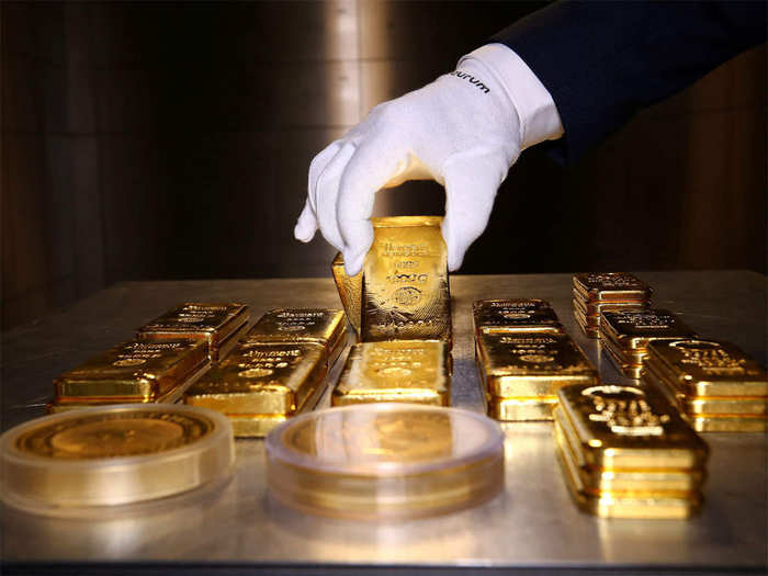 gold price today: gold jumps rs 182, silver zooms rs 725 bullion market latest update