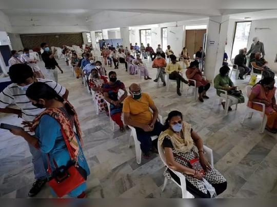 लस तुटवडा : भारताकडे केवळ ५.५ दिवसांचा लस साठा, निर्यात सुरूच