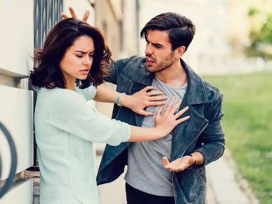 take special care of these 5 things while taking a break in a relationship in marathi