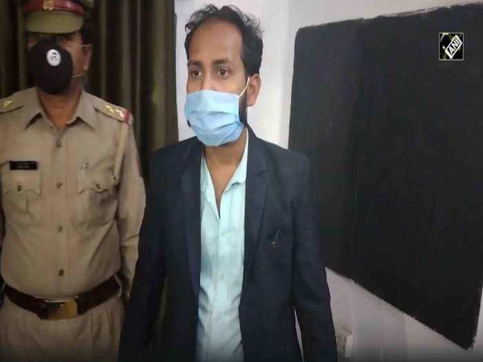 अलीगढ़ में फर्जी टीटीई गिरफ्तार