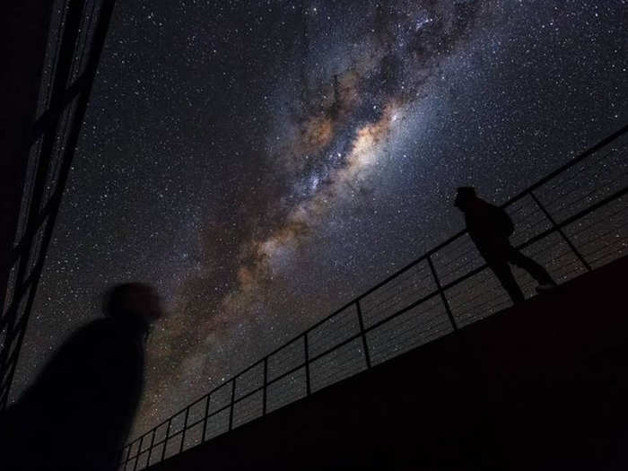 blue bridge of stars in milky way discovered inching towards a supernova