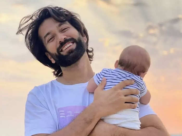 Nakuul Mehta With Son