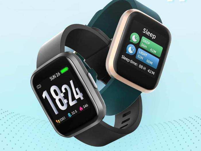 स्टाइलिश और लेटेस्ट फीचर्स वाली Smart Watches पर हैवी डिस्काउंट
