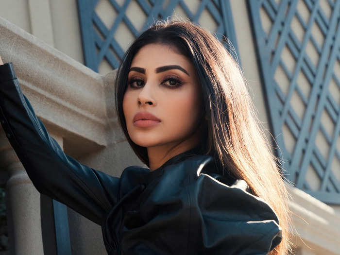 mouni roy in hoodie dress for which nysa devgan was once trolled