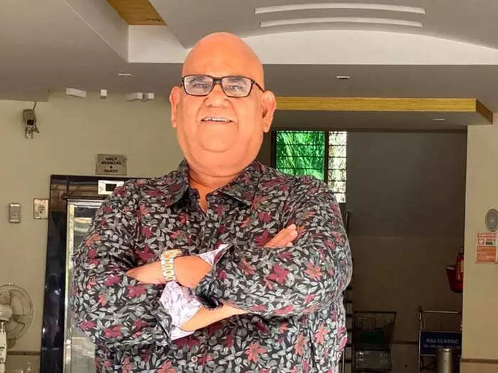 satish kaushik birthday know interesting facts about his personal life