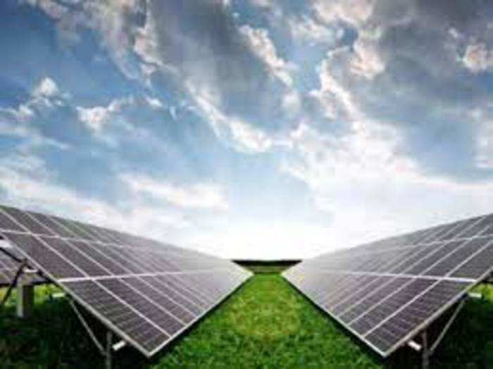 कंपनी ने साल 2025 तक 25,000 मेगावाट उत्पादन क्षमता का लक्ष्य रखा है।
