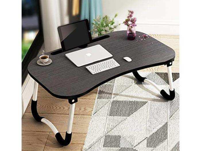 599 रुपए में खरीदें Laptop Table, पीठ दर्द और गले के दर्द से पाएं निजात