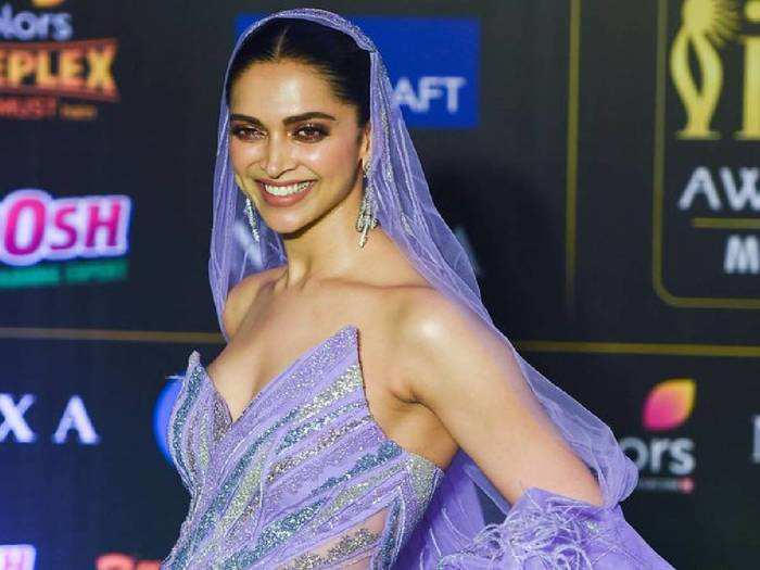 deepika padukone massively trolled for her blingy green pant suit in jio mami awards