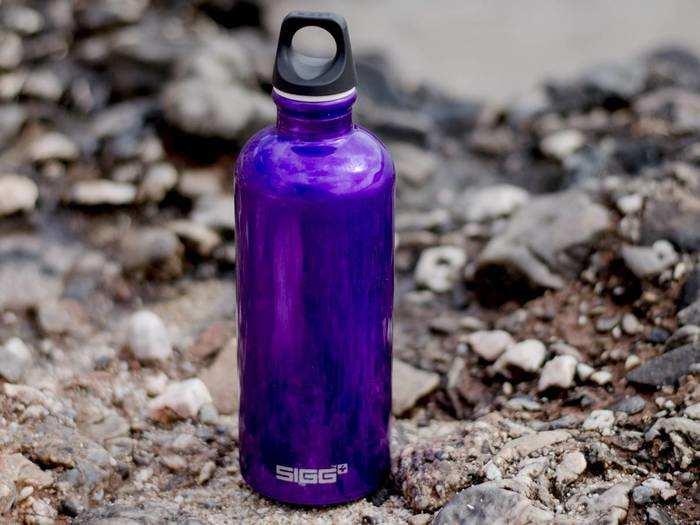 पानी पीने के लिए करें इन Water Bottle का इस्तेमाल, पर्यावरण के साथ शरीर को भी होगा डबल फायदा