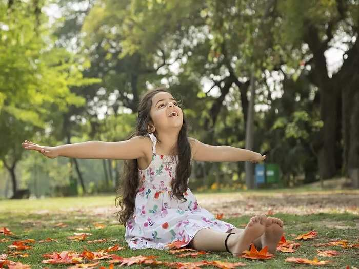 tips for parent to keep child real happy in marathi