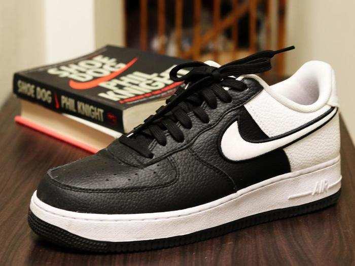 Shoes On Mensxp : फैशनेबल दिखने के लिए खरीदें ये स्टाइलिश Shoes, मिल रही है भारी छूट