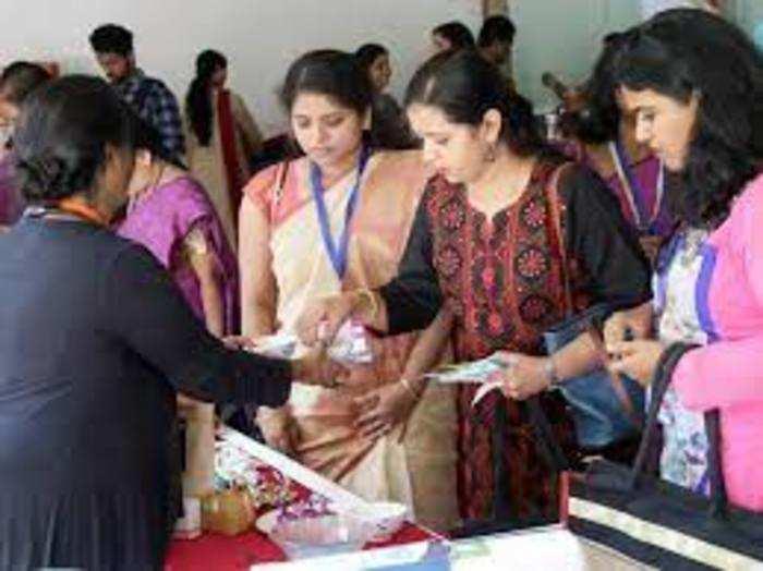 स्टडी के मुताबिक सरकारों को इस तरह की महिला उद्यमियों की खास जरूरतों की पहचान करनी चाहिए।