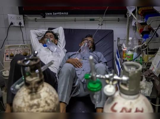 राजधानी दिल्लीतल्या लोकनायक रुग्णालयातील एक चित्रं