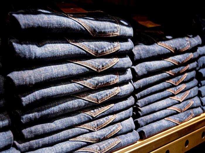 Denim Jeans : स्टाइल के साथ कंफर्ट के लिए खरीदें ये Mens Jeans, कीमत केवल 859 रुपए से शुरू!