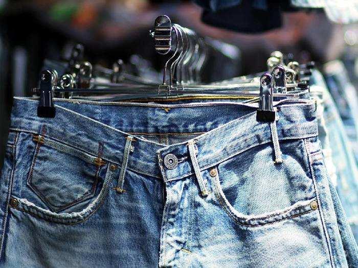 सस्ती कीमत में ब्रांडेड Jeans खरीदने का आखिरी मौका, Mega Fashion Sale से करें शॉपिंग