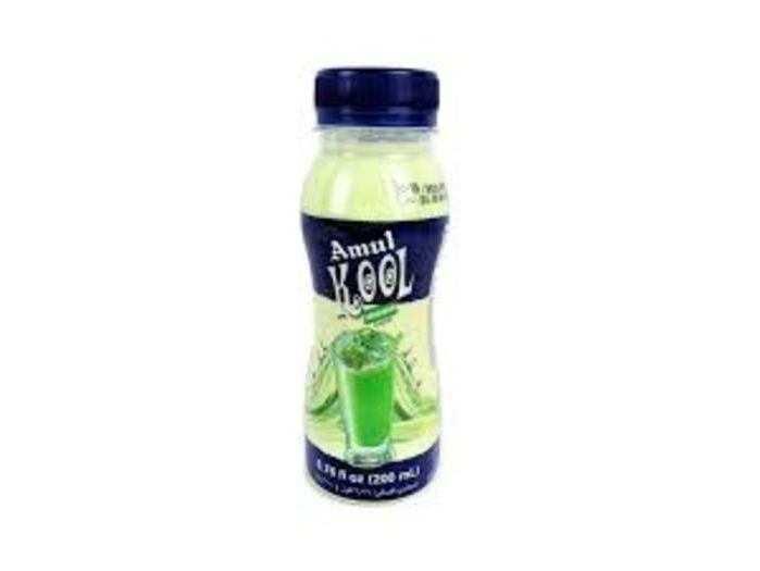 कंपनी इस सुगंधित दूध को अमूल कूल/मूल कूल कैफे नाम से बेचती है।