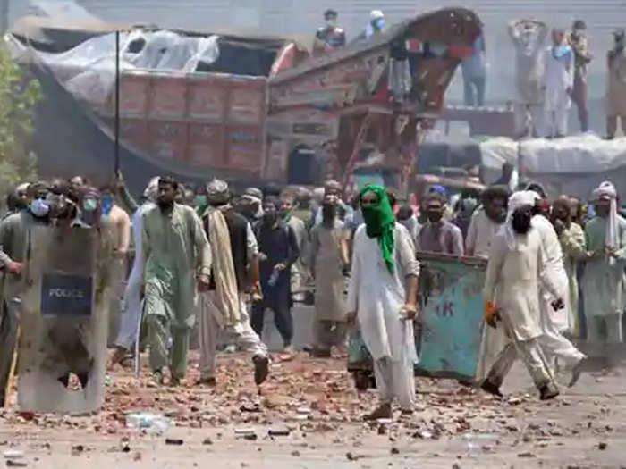 पाकिस्तान में हिंसा