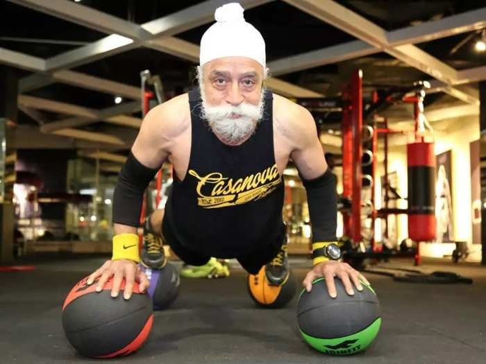 wellness tips 76 year old tripat singh inspirational fitness journey virat kohli follow him on instagram in marathi