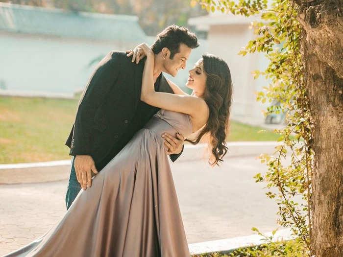 sugandha mishra sanket bhosale love story and wedding plans