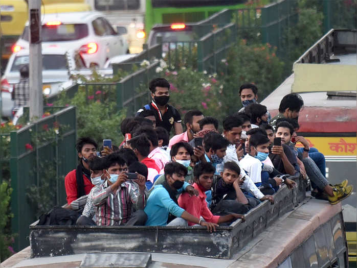 after delhi lockdown announcement thousands of migrant workers want to leave again