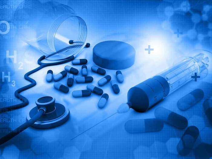 how big is indian healthcare industry, healthcare industry size