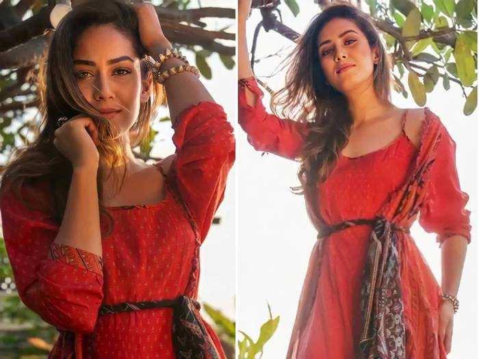 mira rajput kapoor changing her outfits like moira rose from schitt s creek video