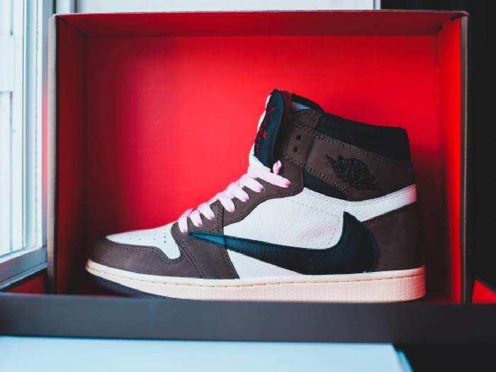 Casual Shoes : गर्मियों के लिए बेस्ट हैं ये Casual Shoes, खरीदें 50% के हैवी डिस्काउंट पर