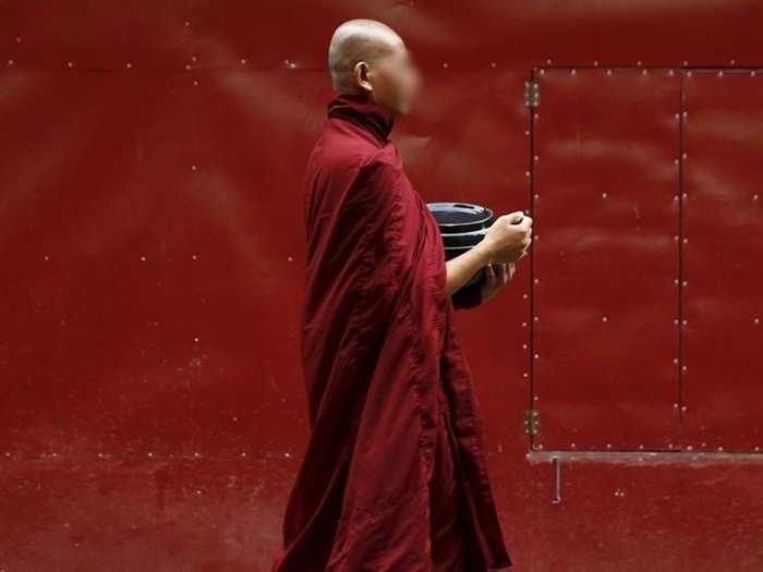 Monk 0111