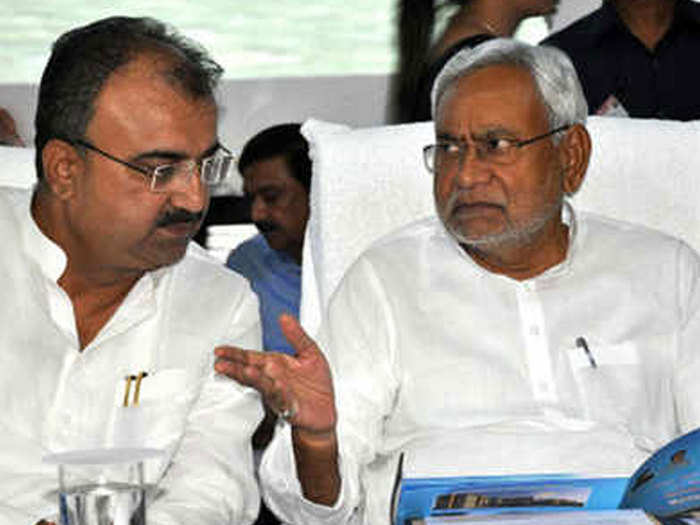 Nitish-with-magal-panday