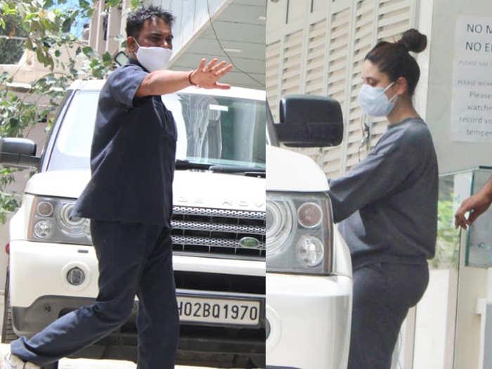 Kareena Kapoor With Saif Ali khan Snapped At Clinic In Bandra