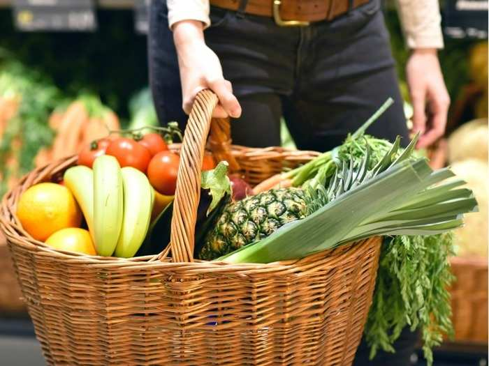 who advised to have these foods to improve immune system in order to combat covid 19