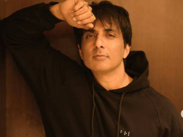 Sonu Sood arranged for the patient to be airlifted