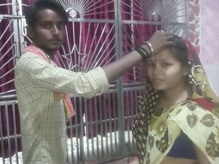 unique marriage wife fell in love with other person husband married wife to his lover bhagalpur bihar