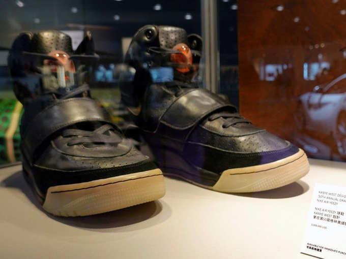 kanye west shoes