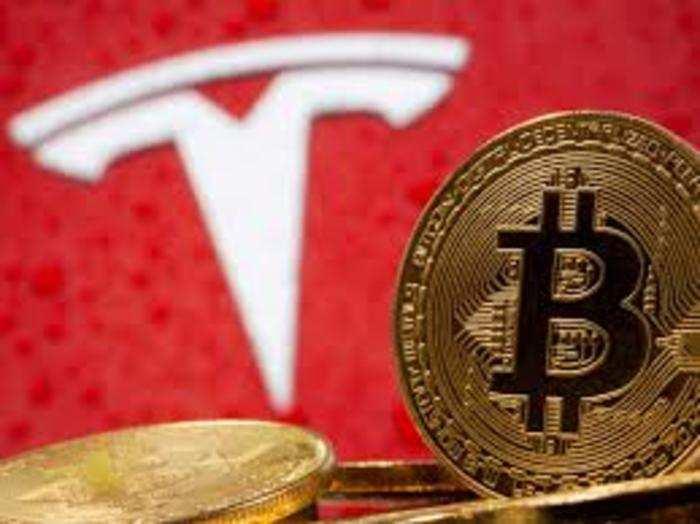 टेस्ला ने जनवरी में बिटकॉइन में 1.5 अरब डॉलर निवेश करने की घोषणा की थी।
