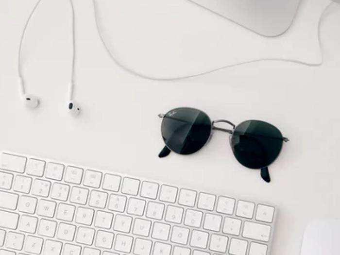 Sunglasses: ब्रांडेड और बहुत ही ज्यादा ट्रेंडी हैं ये Sunglasses, मिल रहा है 70 % तक का भारी डिस्काउंट