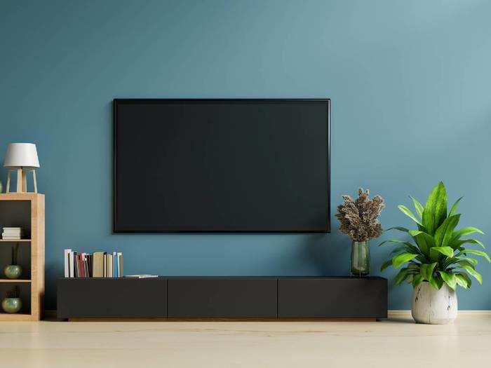 अब थियेटर जैसी क्वालिटी में घर पर देखें मनपसंद मूवी, हैवी डिस्काउंट पर खरीदें Smart TV